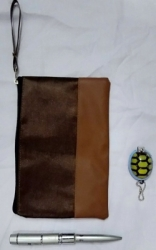 dompet frada ukuran 21 x 14 cm