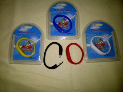 large2 usb gelang oval