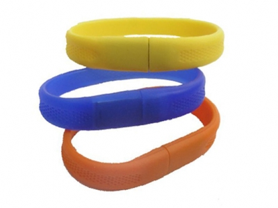 large2 usb wristband 3