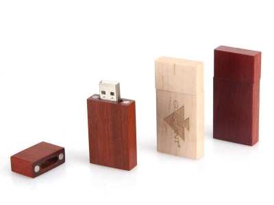 large2 datail usb wood