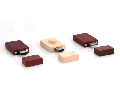 large2 sample usb wood promotion
